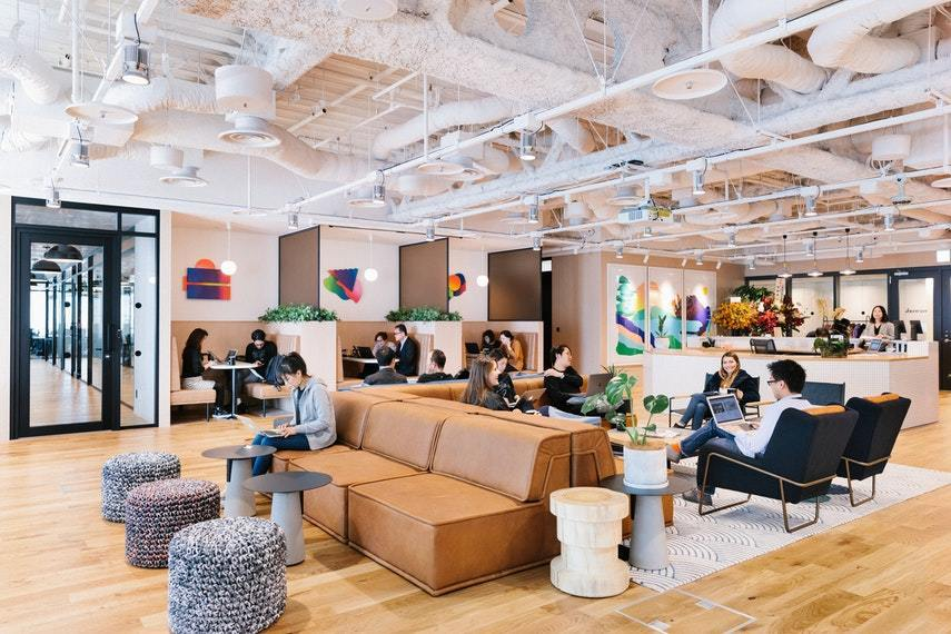 WeWork(ウィーワーク)丸の内北口