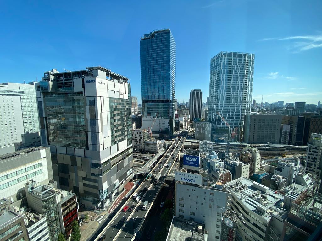 CRT_City_View_01