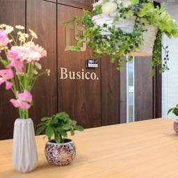 ビジコ Busico 梅田の月額賃料 料金 施設 評判 検索 比較 Just Fit Office